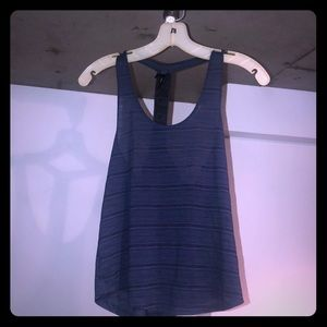 Navy T workout top size S